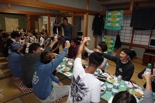 12 夜は宴会 (1).JPG