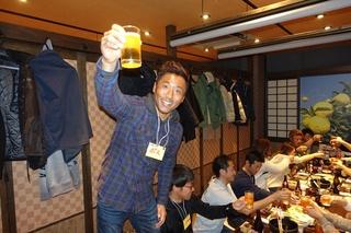 3 ボスのあいさつで乾杯 (1).JPG