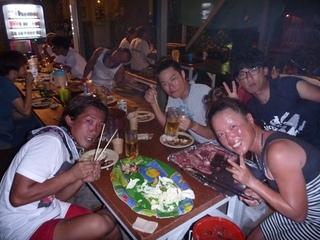 お肉とビール.JPG