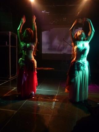 P1020129ベリーダンス大.JPG