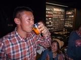 P1070963飲みながら1.JPG