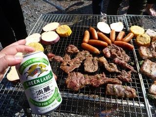 P1270905お肉とビール.JPG