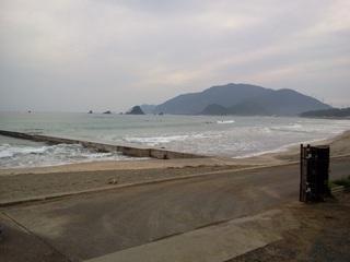 2011-10-17 07.15.13鳥居浜.jpg